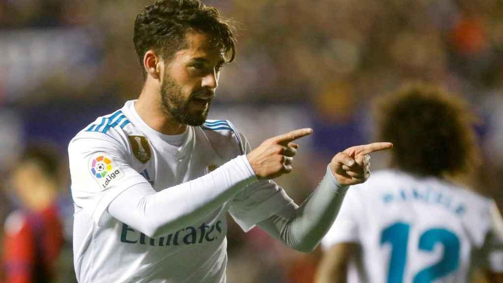 Isco dio aire al Madrid, pero su actuación no valió para la vitoria.