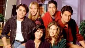 Lisa Kudrow habla sobre el viral tráiler de la película 'Friends'