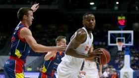 Trey Thompkins en el encuentro ante Andorra