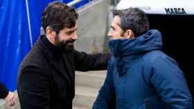 Quique Sánchez Flores y Valverde se saludan. Foto Twitter (@ChampionsLeague)