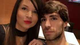 Yeray Álvarez y su pareja Eneritz en sus redes sociales.