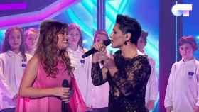 Amaia y Rosa, en la gala especial que hicieron entre OT1 y OT 2017.