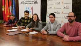 2018-02-07 Convenio Ayuntamiento-Awen LGTBI (1)