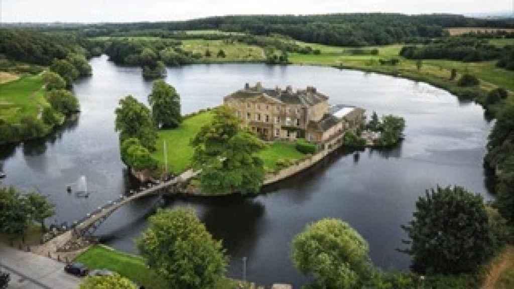 Vista aérea de Waterton Park Hotel