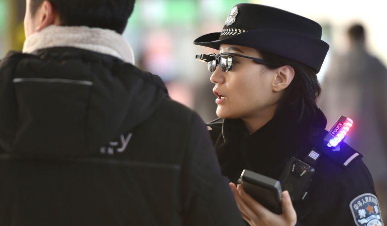 policia china gafas reconocimiento facial
