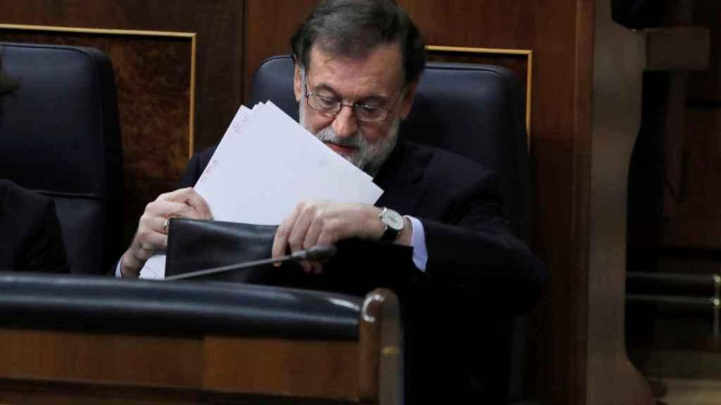El jefe del Ejecutivo, Mariano Rajoy, durante la sesión de control al Gobierno.