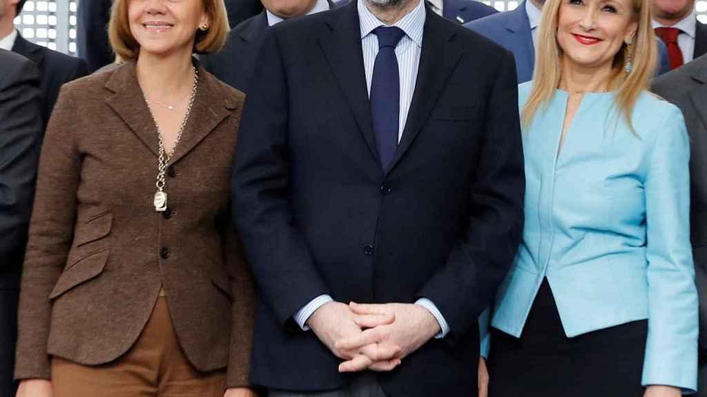 Cospedal, Rajoy y Cifuentes, en un acto del PP.
