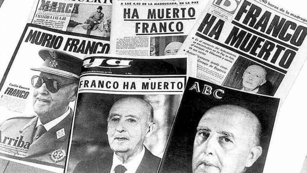 Portadas del día en que la dictadura entraba en sus últimas horas.