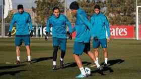 Benzema, Keylor Navas, Varane y Achraf entrenando