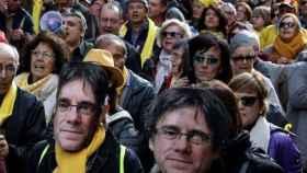 Manifestación independentista a favor de la investidura de Puigdemont.
