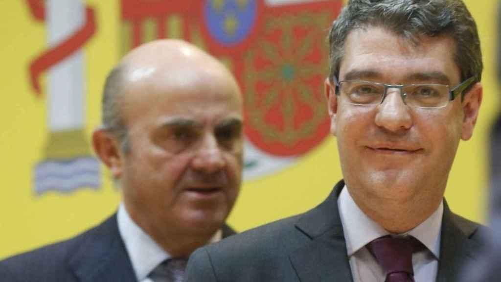 Luis de Guindos y Álvaro Nadal en una imagen de archivo.