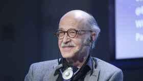 Remo H. Largo presentando 'Individualidad Humana' en la Fundación Telefónica.