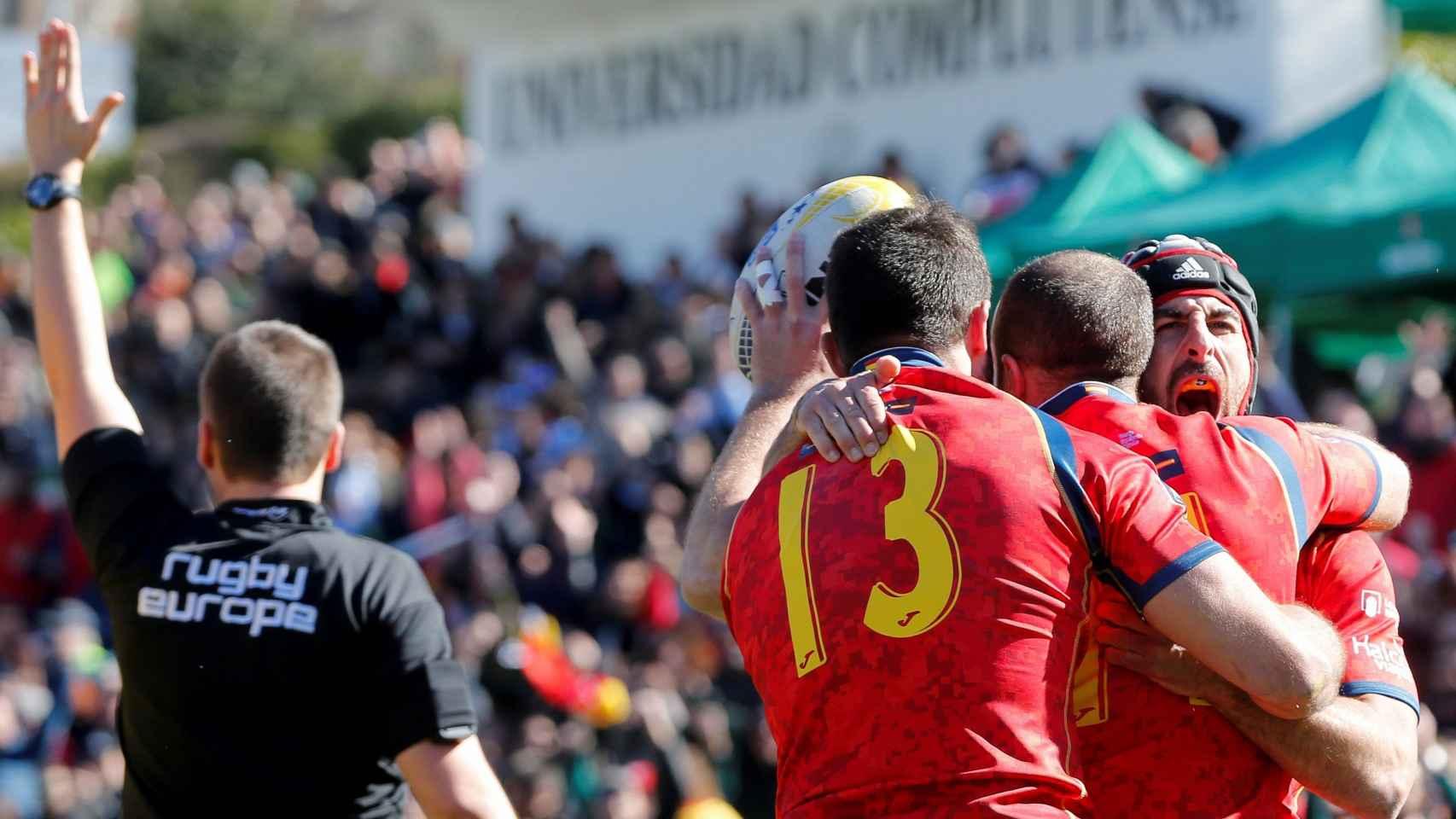 España consiguió ante Rumanía una victoria fundamental  para acceder al Mundial de Japón en 2019. / Efe