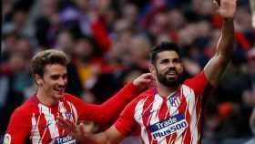 Diego Costa celebra su gol con Griezmann.