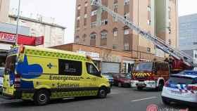 Valladolid-bomberos-rescate-anciana
