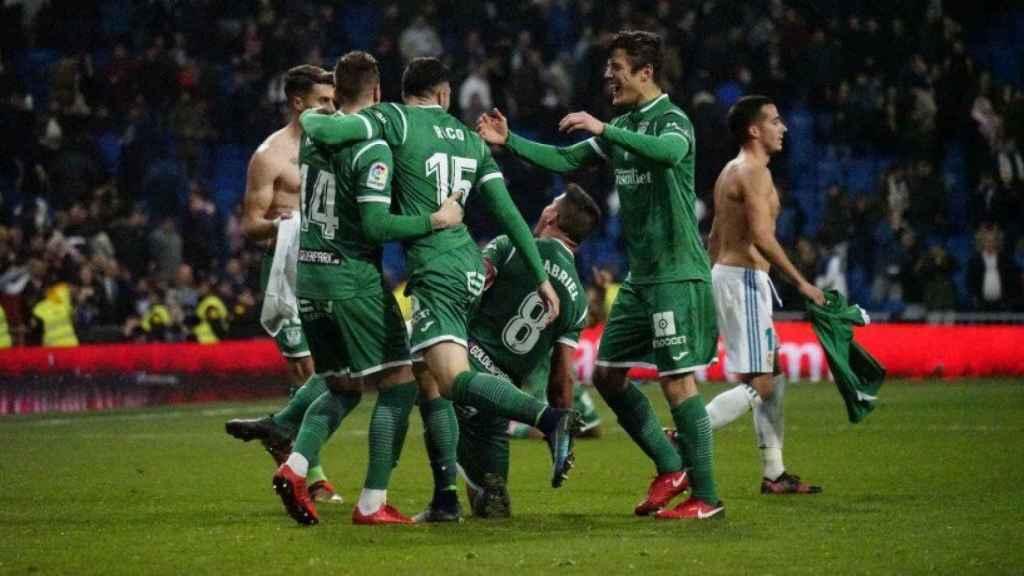 El Leganés celebra el Pepinazo en el Bernabéu. Foto: Virginia López / El Bernabéu
