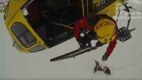 rescate helicoptero marana leon