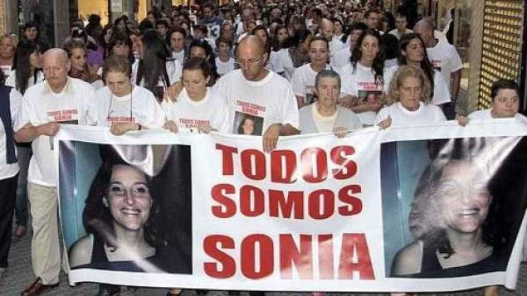El caso de Sonia Iglesias también fue investigado por los protagonistas del libro.