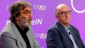 Tatxo Benet junto a Jaume Roures durante un acto ante los medios.