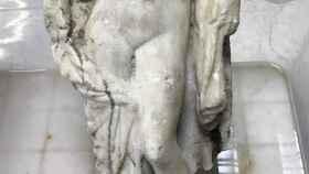 Detalle de la estatua encontrada.
