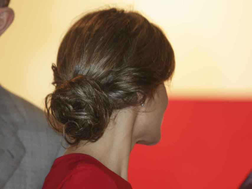 Letizia ha lucido el recogido que puso de moda Meghan Markle. Gtres.