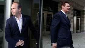 A la izquierda, Rick Gates. A la derecha, Paul Manafort.