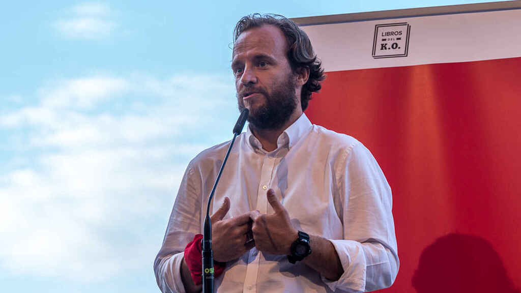Chapu Apaolaza en la presentación de su libro '7 de julio'