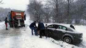 zamora rabano sanabria rescate conductor nieve (1)