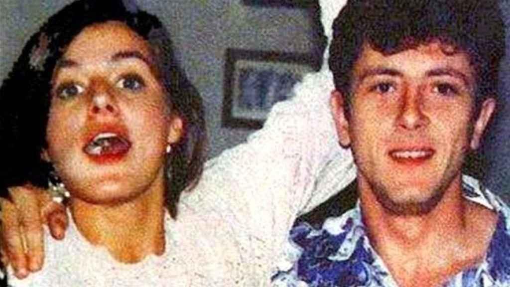 La joven pareja.