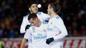Asensio y Lucas felicitan a Bale por su gol al Numancia