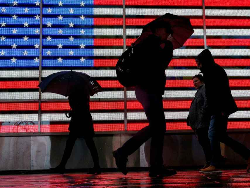 Gente paseando por Times Square, en Nueva York.