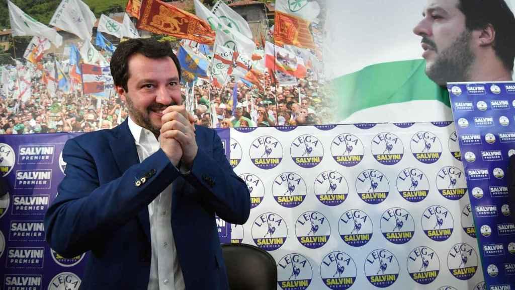 Matteo Salvini, líder de Liga Norte, celebra su gran resultado en los comicios.