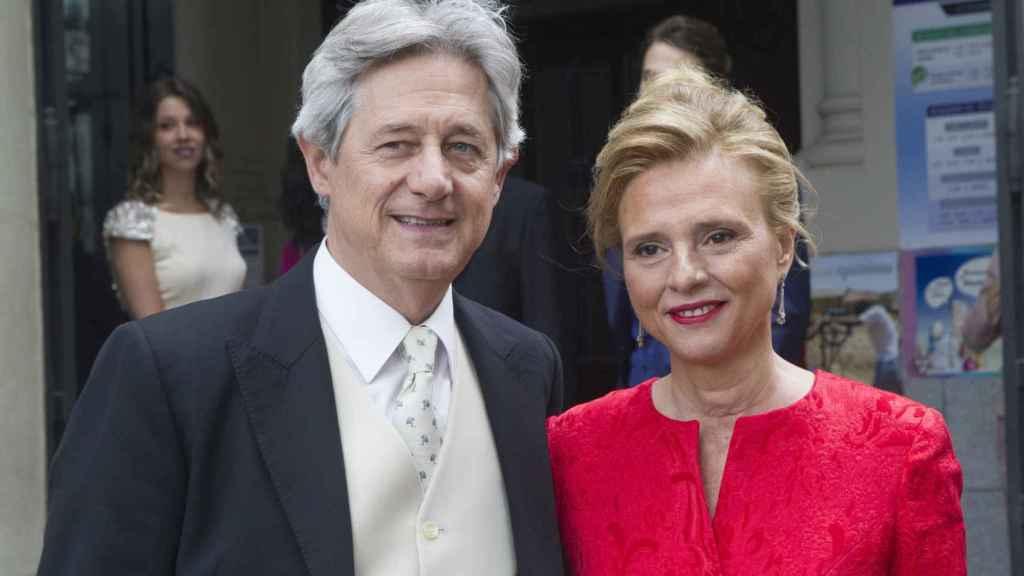 Josema Yuste y María José en la boda de uno de sus hijos.