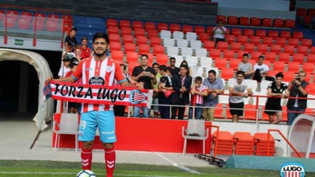 Sergio Díaz, en su presentación con el Lugo. Foto: cdlugo.com