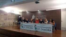 zamora-mesa-redonda-mujeres