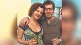 Isabel Mazarro Gómez de Santiago junto a su pareja.