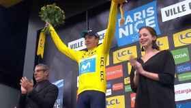 Marc Soler en el podio de la París-Niza.