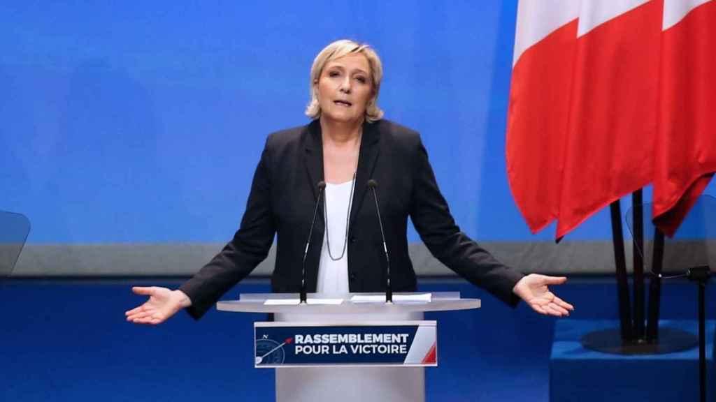 Marine Le Pen, en el congreso de refundación de su partido.