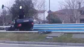 Valladolid-coche-vuelta-campana-policia