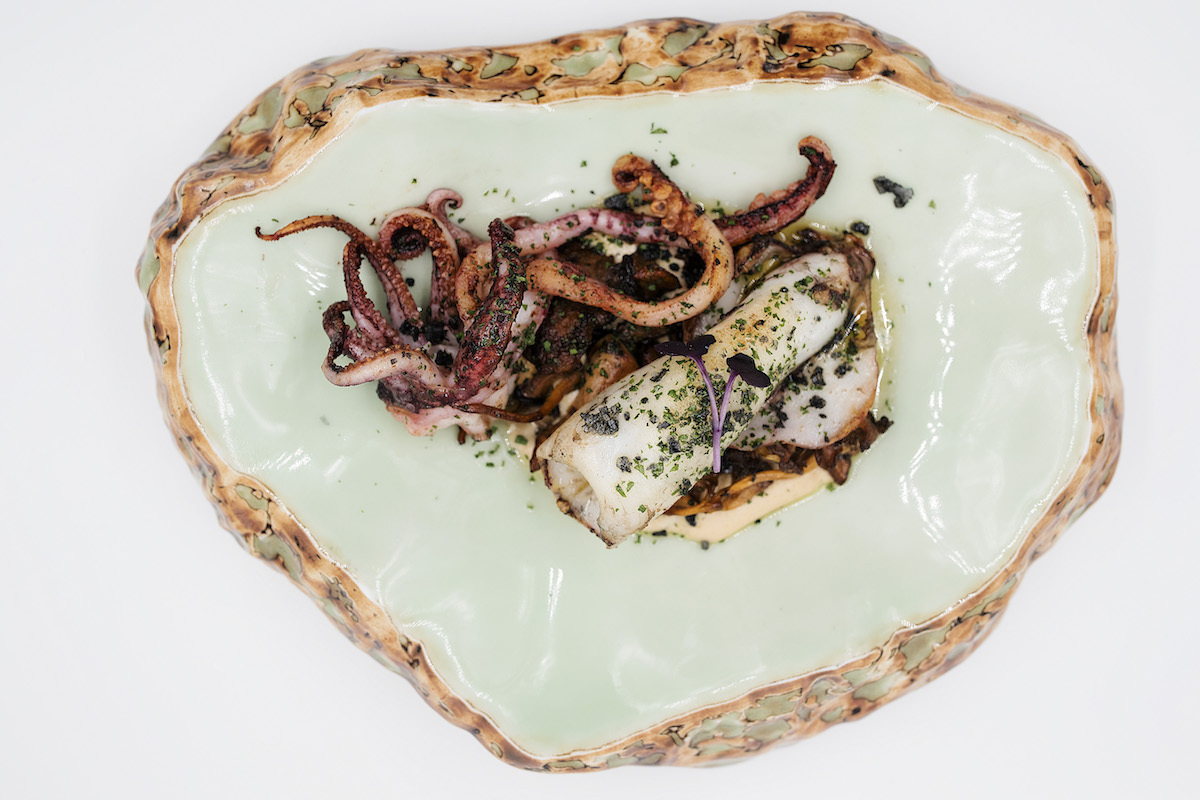 Magoga - Calamar, boletus, confitados y almendras