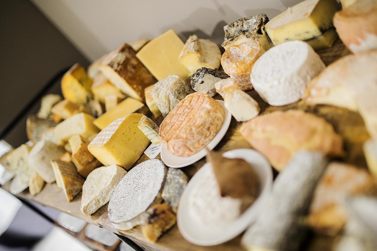 Magoga - Carrito de quesos