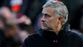 José Mourinho, en un partido del Manchester United.
