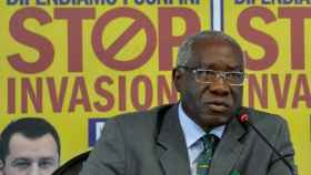 Toni Iwobi, durante una conferencia de prensa.
