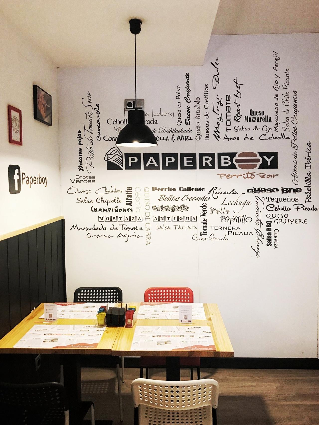 Paperboy Perrito Bar espacio