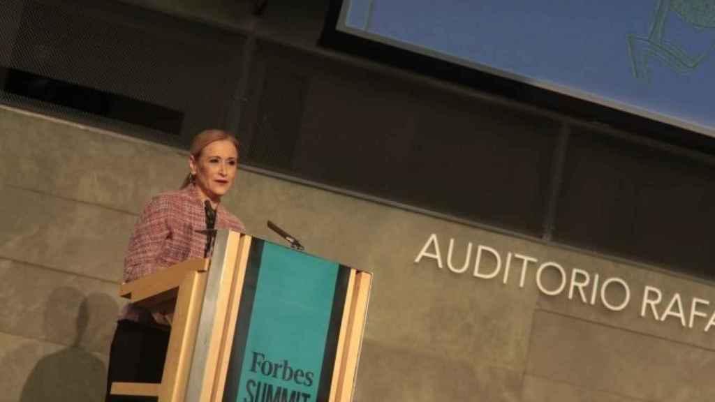 La presidenta de la Comunidad de Madrid, Cristina Cifuentes, durante el 'Forbes Summit Diversity'.