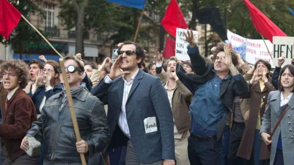 Michel Hazanavicius retrata en 'Mal genio' al Godard del mayo del 68.