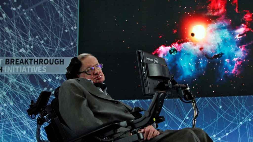 Stephen Hawking, uno de los pacientes más famosos de ELA.