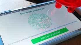 Multa a WhatsApp y Facebook en España por no cumplir la Ley de Protección de Datos