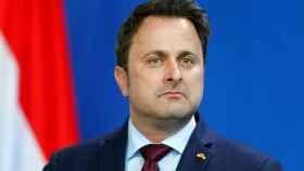 El primer ministro de Luxemburgo, Xavier Bettel, se revuelve contra las acusaciones de Bruselas