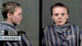 Czesława Kwoka en el retrato coloreado por Marina Amaral.